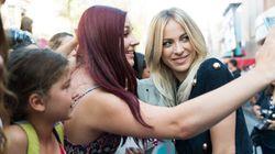 KARV l'anti.gala à VRAK TV : des cris et des «selfies» sur l'anti.tapis