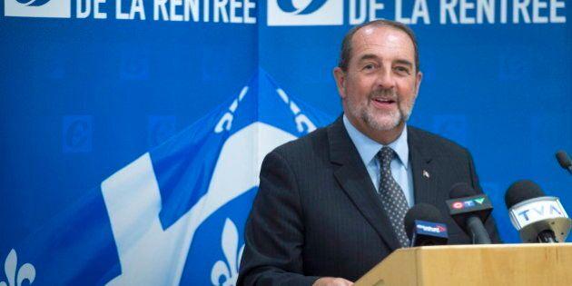 Le FRAPRU accueille bruyamment le ministre conservateur Denis