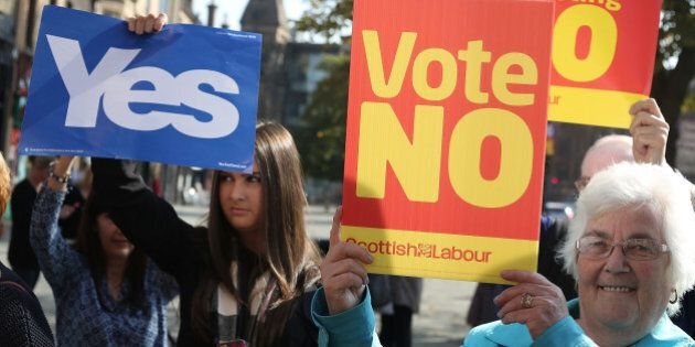 GLASGOW, SCOTLAND - SEPTEMBER 10: Pro-Union No voters and pro-Independence Yes voters voice their differing...