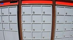 Denis Coderre pourrait interdire les boîtes postales