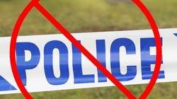 Une pancarte «Interdit aux policiers» fait débat en