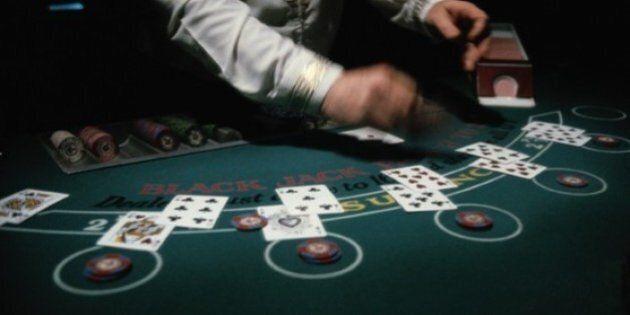 Le ministre de l'Économie Jacques Daoust évoque l'idée de privatiser les casinos de