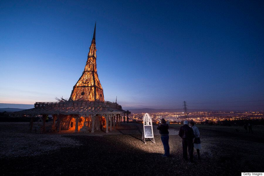 En PHOTOS, admirez le temple éphémère qui prendra bientôt feu en Irlande du