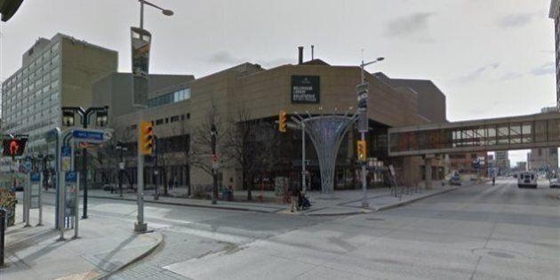 Les bibliothèques de Winnipeg retirent «Tintin en Amérique», jugé