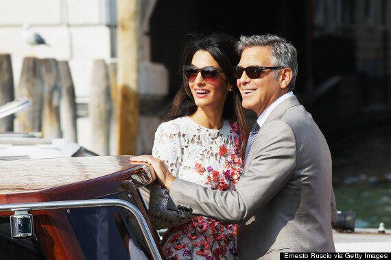 Amal Alamuddin et George Clooney s'offrent une virée en bateau après leur mariage à Venise (PHOTOS/