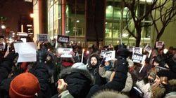 Charlie Hebdo: des Montréalais se rassemblent pour exprimer leur solidarité