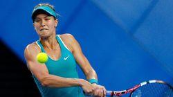 Eugenie Bouchard défait Serena Williams à la Coupe