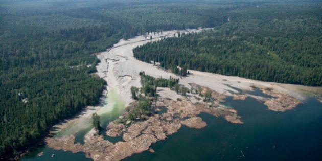 La fuite du déversement minier en Colombie-Britannique est