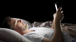 Regarder sa tablette au lit gâche toute votre nuit de