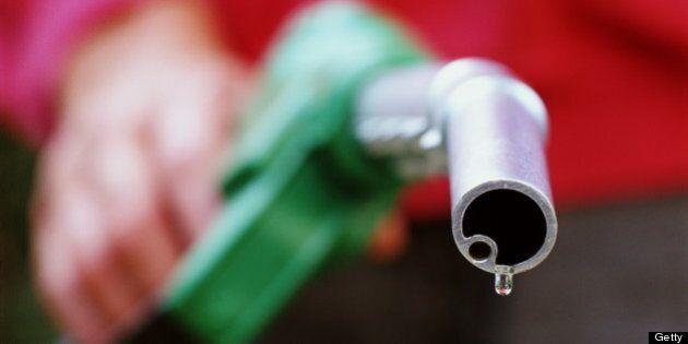Rétrospective: la chute des prix du pétrole est l'événement de 2014 dans le monde des