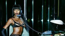 À 44 ans, Naomi Campbell pose toujours pour de la lingerie sexy