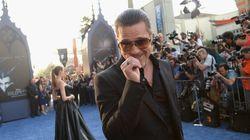 Brad Pitt frappé au visage à la première de