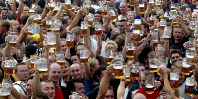 Oktoberfest 2014: mais pourquoi aime-t-on autant la bière (alors qu'au début on la