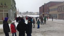Lac-Mégantic : les résidents marchent une dernière fois dans le centre-ville