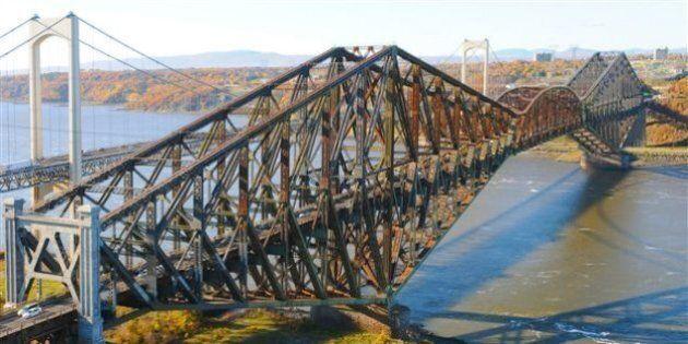 Peinture du pont de Québec: les gouvernements avancent 100 millions $ et font appel au