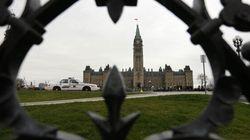 Sécurité au Parlement: plus de contrôles et plus de gardes