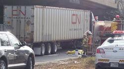 Accident fatal à Montréal : un cycliste happé par un