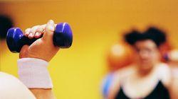 Emmener notre surplus de poids au gym, ce n'est pas de tout