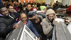 Black Friday: la folie est de retour avec batailles, arrestations et rabais