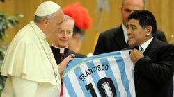 Avec Maradona, Del Piero et Trézéguet, le match «pour la paix» du pape François