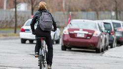 Sécurité à vélo: une réduction des limites de vitesse proposée par l'Institut national de santé publique du
