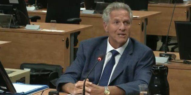 Le maire de Terrebonne, Jean-Marc Robitaille, avoue qu'il a séjourné deux fois sur le bateau de Tony