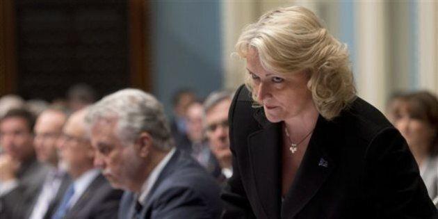 Des ministres se portent à la défense de Lise Thériault, la ministre refuse de commenter le