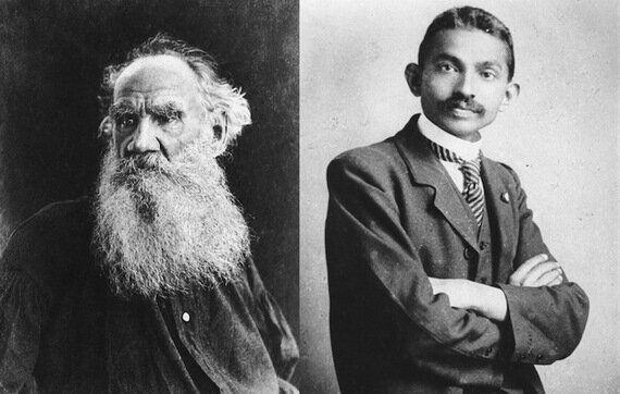 Lettre de Gandhi à Léon Tolstoï: «La résistance passive doit et peut réussir là où la force brutale ne...