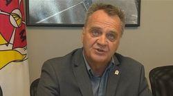Pompiers accusés à Montréal: le syndicat dénonce une «commande