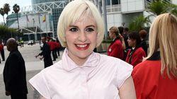 Tapis rouge des Emmy Awards 2014: On se souviendra de la robe de Lena Dunham