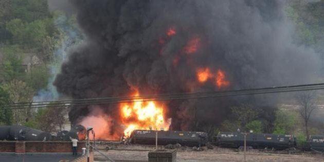 Virginie: un train contenant du pétrole déraille, pas de blessés pour le