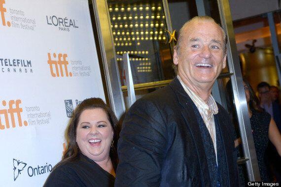 TIFF 2014: Bill Murray accueilli par ses admirateurs sous une pluie battante