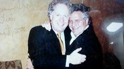 Les libéraux banalisent la photo de Jean Charest avec Tony