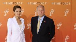 Angelina Jolie combat le viol comme arme de