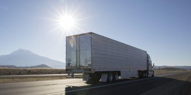 Camionnage: davantage de contraventions pour surcharge sur les