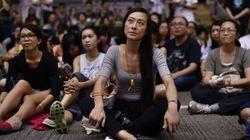 Hong Kong: les manifestants divisés sur leur retrait de sites