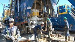 Pas encore pompé, le pétrole québécois déjà dans des barils