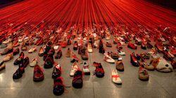 Des centaines de vieilles chaussures? Non, une oeuvre d'art