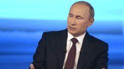 Poutine rappelle ses troupes et demande à l'Ukraine d'en faire