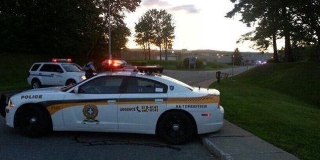 Des détenus s'évadent par hélicoptère de la prison de Québec, la SQ recherche Yves Denis, Denis Lefebvre...