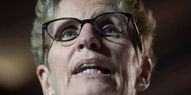 Les libéraux de Kathleen Wynne formeront un gouvernement majoritaire en