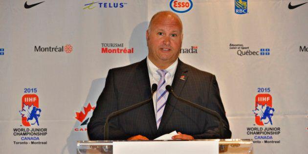 Benoît Groulx à la tête d'Équipe Canada au championnat du monde junior de