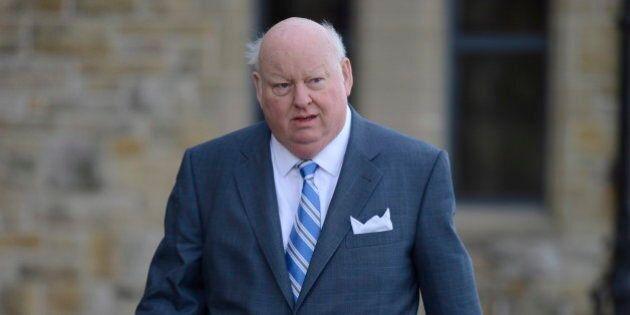 Le sénateur Mike Duffy dormait à l'hôtel plutôt qu'à son