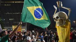 Brésil: manifs anti-Mondial à moins d'un mois de