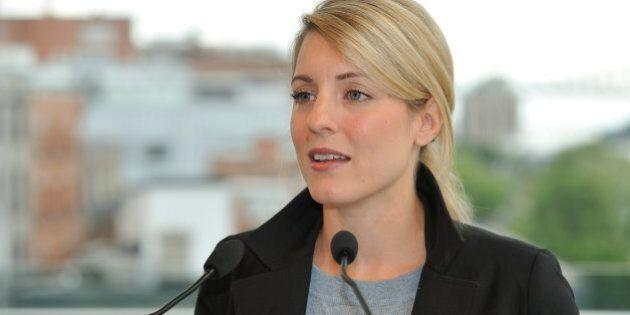 L'administration Coderre rabroue Mélanie Joly concernant son projet de rendre tous les contrats