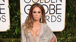 Golden Globes 2015: la robe de Jennifer Lopez laisse peu de place à