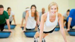 Se muscler les pectoraux à la maison: top 3 des exercices pour hommes et