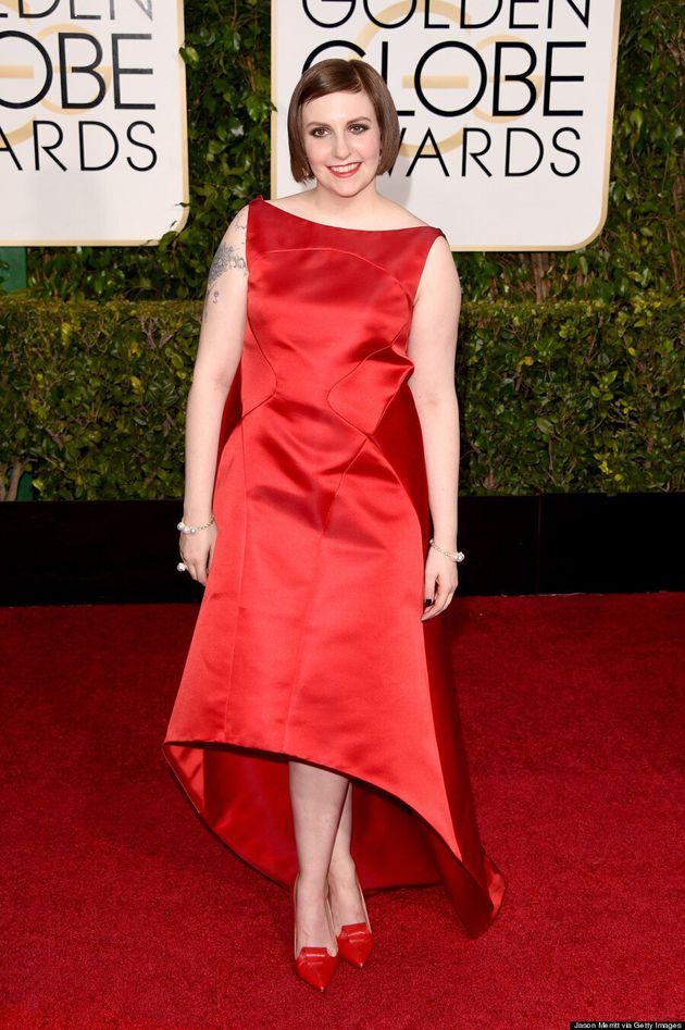 Golden Globes: la robe de Lena Dunham ne dévoile pas ses seins