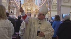 Mgr Lacroix célèbre sa 1re messe pascale en tant que