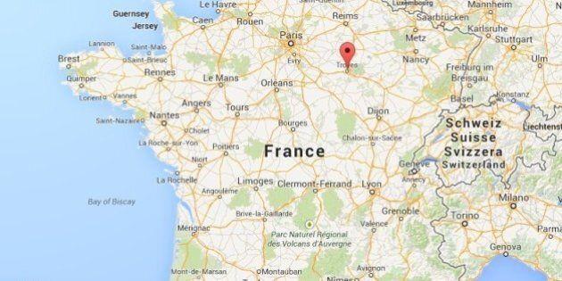 Accident de minibus en France: six morts dont cinq enfants à la suite d'une collision avec un